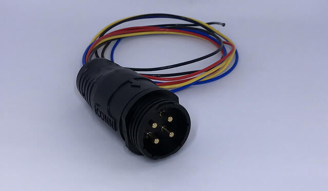 iCPC_4_pole_receptacle.jpg